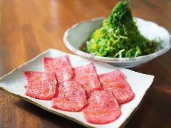 黒毛和牛とタンとハラミ 焼肉じゅんちゃん 三宮店
