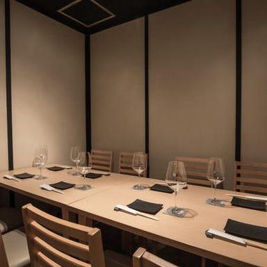 肉寿司 イタリアンバル 閂 心斎橋店 店内の画像