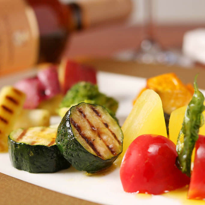 旬の食材を使用し、野菜の本来の持つおいしさを表現しています。