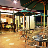 開放感のある空間で本格イタリアンをお楽しみください