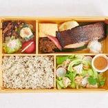 おばん菜と銀だら西京焼き弁当