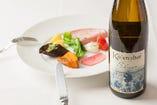 豊富なイタリアワインとの組み合わせをお楽しみください