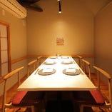 2階にはご宴会に最適なテーブル席も。お気軽にご相談ください