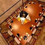 接待にも◎ドア付きの大テーブル完全個室!