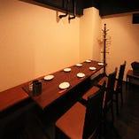 8名様までお使い頂ける半個室は個室に近いプライベート感!
