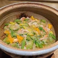 《おまかせコース》産地から届く野菜や魚を中心とした旬のお料理+選べる土鍋御飯+デザート付き