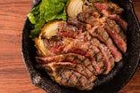 リブロースステーキ (サラダ・ライス・ポテトフライ付き)写真は300g