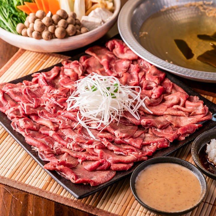牛タンしゃぶ・炙り寿司等、和牛を駆使したメニューが並びます♪