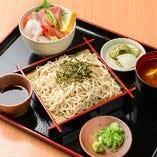 ランチ 海鮮丼&蕎麦セット