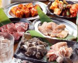 ご宴会にぴったりなお得なコースも多数ご用意しております。 ホルモンを大満喫できるコースは120分飲み放題付3,500円~♪ ボリューム満点の豪華食材を堪能できるぶち自慢の究極のコースです!