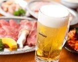 ホルモンといえばビール!! ハイボールやマッコリなど焼き肉の美味しさをさらに引き立てるアルコールをご用意しております★ 広島県産レモンを使った生しぼりレモンサワーがオススメ!