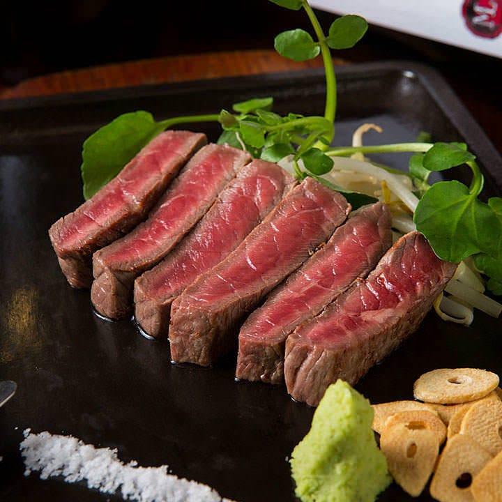 特選A-5佐賀牛の鉄板ステーキ  (モモ又はロース)