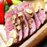 牛サーロインのガーリックステーキ&旬野菜のグリル