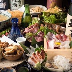藁焼きと鮮魚の枡盛り 月夜に遊ぶ。