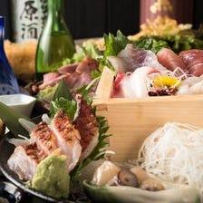 大人気!鮮魚枡盛りと日本酒を味わう