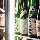ずらりと陳列された日本酒は圧巻です。中には珍しいものも。
