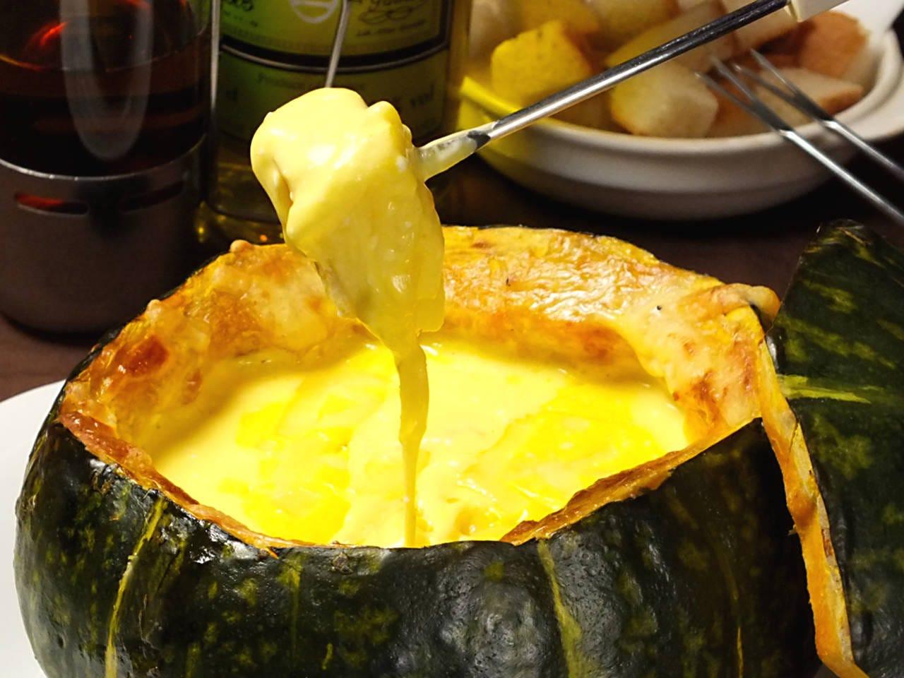 大人気、カボチャのチーズフォンデュ