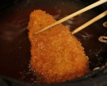 揚げ油は、「米ぬか」を原料とした三重県桑名の「米油」を使用。