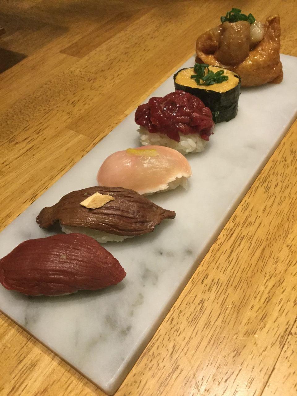 肉寿司(ネタが魚では無く肉!!!)