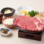 伝統の味をお気軽にお楽しみいただける「黒毛和牛 すき焼御膳」