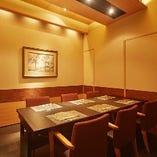 6名様までのご会食に最適なテーブル個室