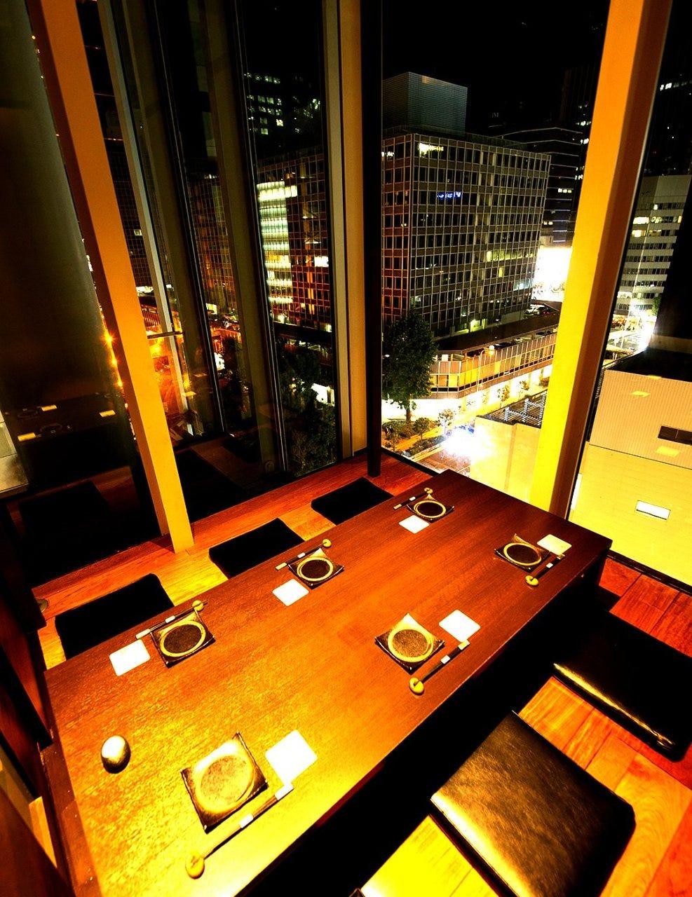 接待・記念日に贅沢な料理と夜景個室