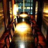 ■夜景を眺めるテーブル個室