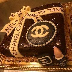 オリジナルケーキで感動サプライズを
