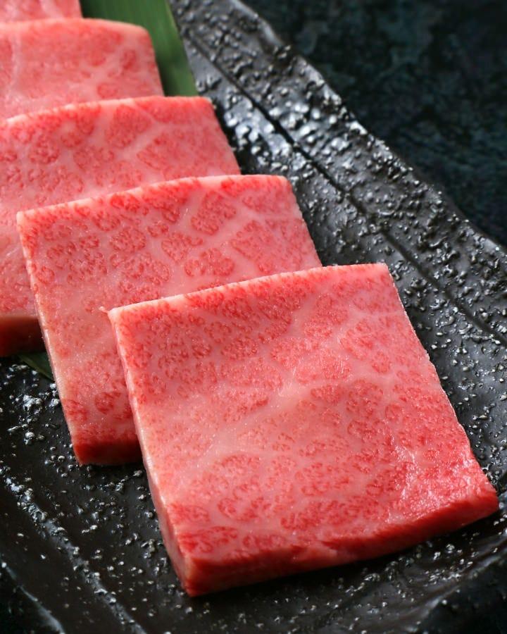 『上ロース』口の中にジューシーな肉の旨味が溢れます!