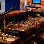 DJ機器などの音響設備がウリです。エンタメ重視のイベントに◎