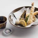 蕎麦屋の季節天ぷら盛り合わせ