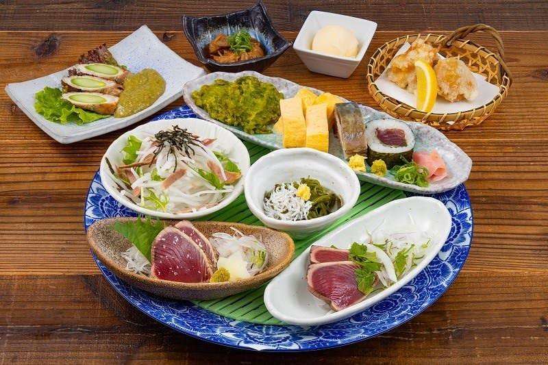 土佐料理を贅沢に味わえるコースを2,500円(税込)からご用意★