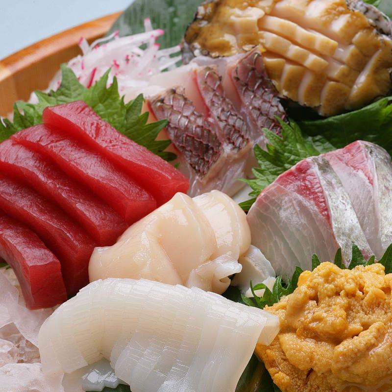 港町八戸ならではの新鮮な魚介