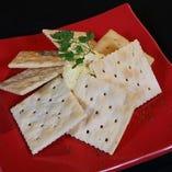 チーズ&クラッカー