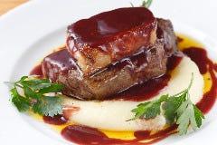 ◇◆仏蘭西ペリゴール産フォアグラと牛フィレ肉のロッシーニ風