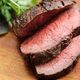吊るし熟成短角牛 塊肉の炭火焼