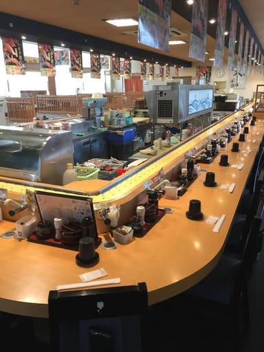 市場直送回転寿司 しーじゃっく 三刀屋店 店内の画像
