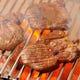 肉厚で柔らかい歯応えが大人気の仙台名物牛タン焼き!