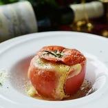 ミートソースの詰まった丸ごとトマト