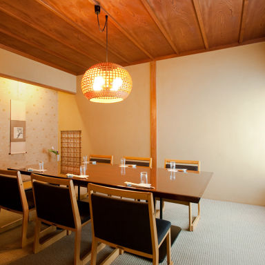 日本料理 ふなばし 稲荷屋  店内の画像