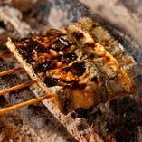 江戸時代より受け継がれる伝統の味と職人技で焼き上げる名物の鰻