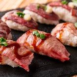 和牛の炙り肉寿司