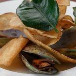 New Zealand Fresh Green Mussels Steamed in White Wine Baimakkuru Flavor