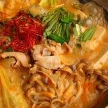 スープが決め手!濃厚な絶品もつ鍋