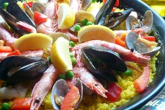 鶏肉と魚介のパエリア Paella pollo con mariscos
