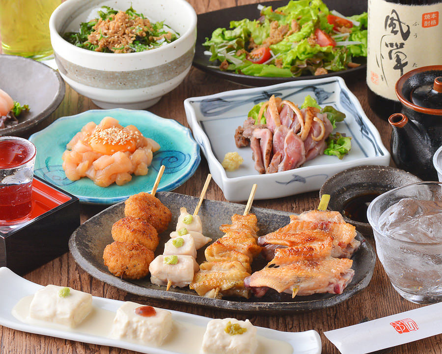 串焼と水炊きのコース2,500円~ プラス2,000円で飲み放題も可能!