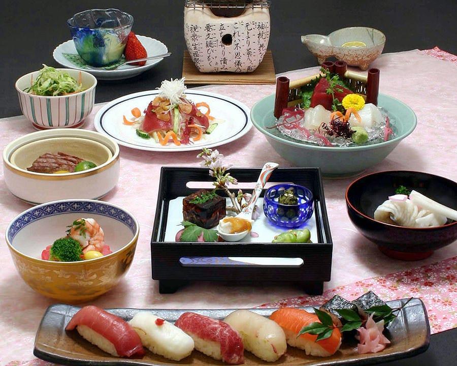 ゆったり個室で四季を彩る日本料理を食す ◆懐石コース