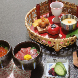 昼ごはん【2色の小丼】1,260円