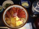 海鮮丼(旬の刺身)