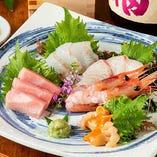 [魚料理も自慢] 魚介の鮮度の良さを生かした一品料理も多数